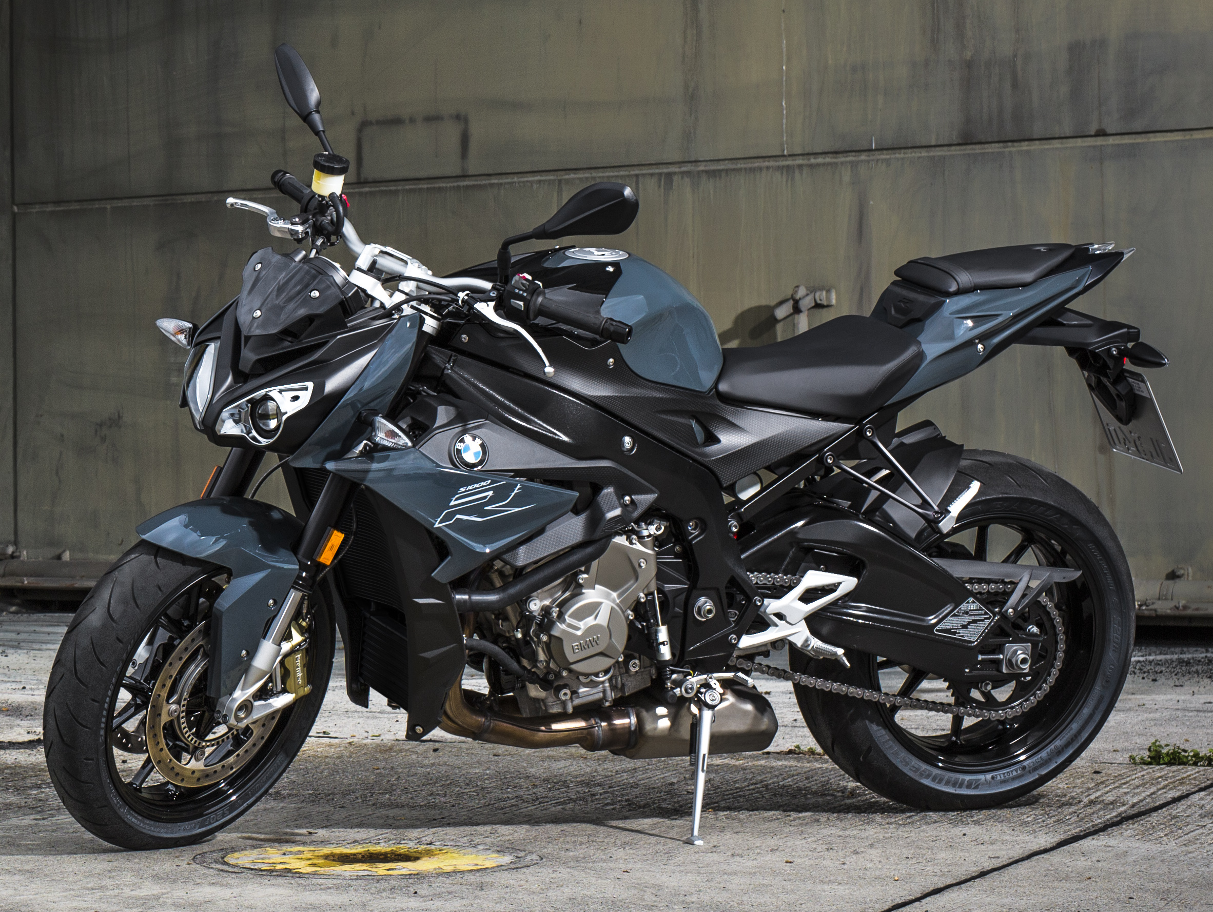 Bmw 1200 Gs Adventure 2018 >> 2017 BMW S 1000 R naked sports and R 1200 GS Adventure in Malaysia – RM92,900 and RM116,900 Paul ...
