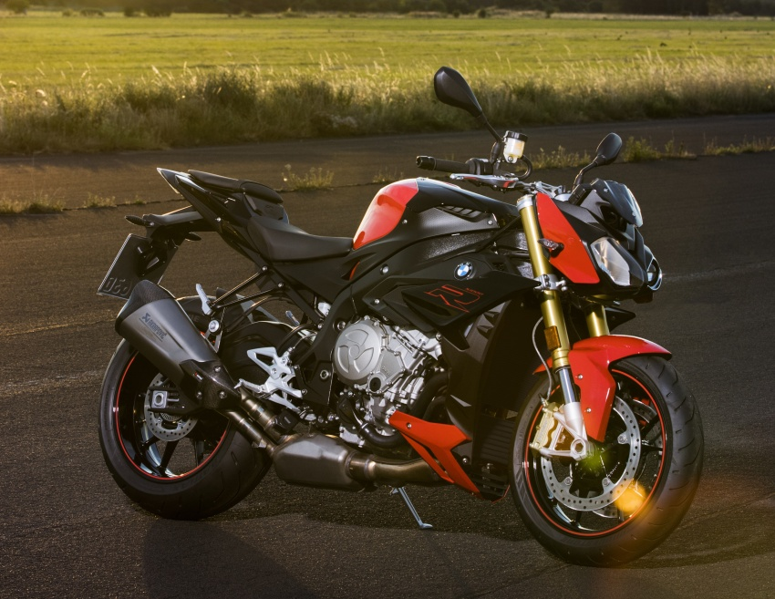 2017 BMW S 1000 R naked sports and R 1200 GS Adventure in Malaysia – RM92,900 and RM116,900 Image #694837