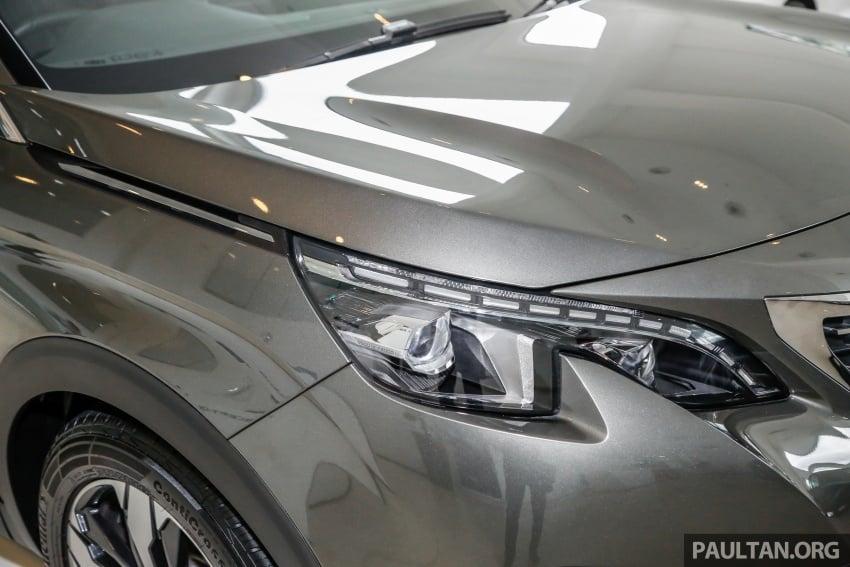 FIRST LOOK: 2017 Peugeot 3008 SUV walk-around Image #699076