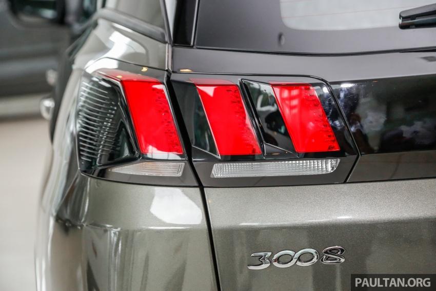 FIRST LOOK: 2017 Peugeot 3008 SUV walk-around Image #699090