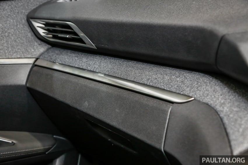 FIRST LOOK: 2017 Peugeot 3008 SUV walk-around Image #699117