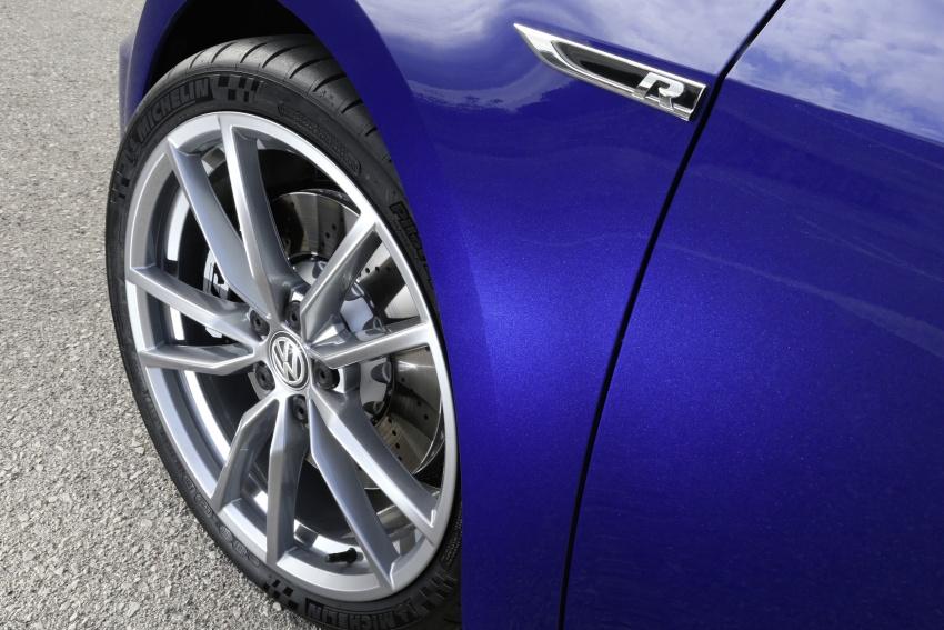 Volkswagen Golf R gains optional Performance packs Image #692089