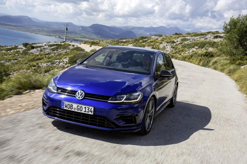 Volkswagen Golf R gains optional Performance packs Image #692093