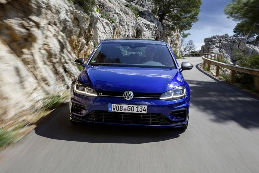 Volkswagen Golf R gains optional Performance packs Image #692095