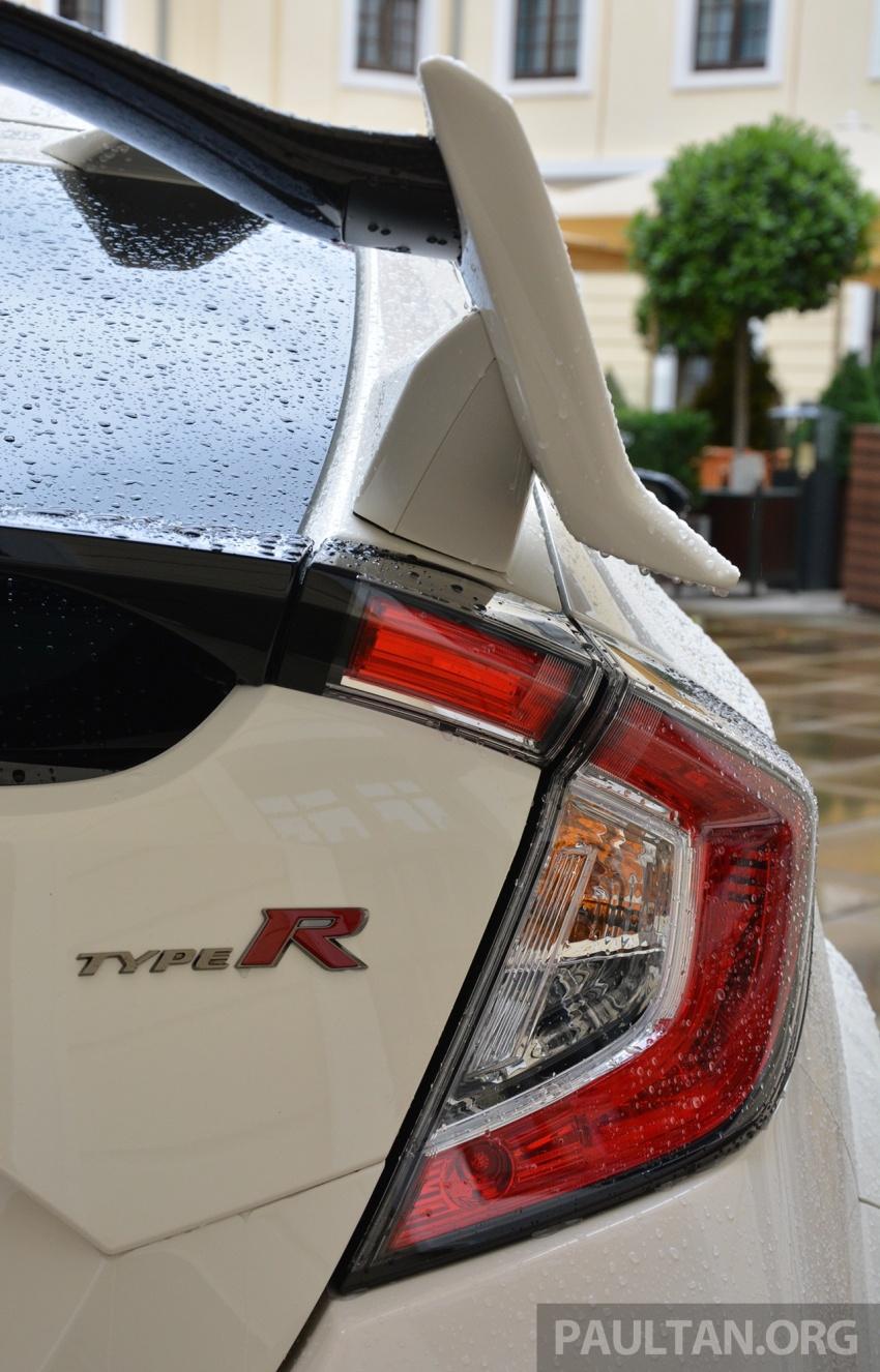 PANDU UJI: Honda Civic Type R FK8 2017 – revolusi 25 tahun peralihan falsafah pembinaan jentera Type R Image #692361