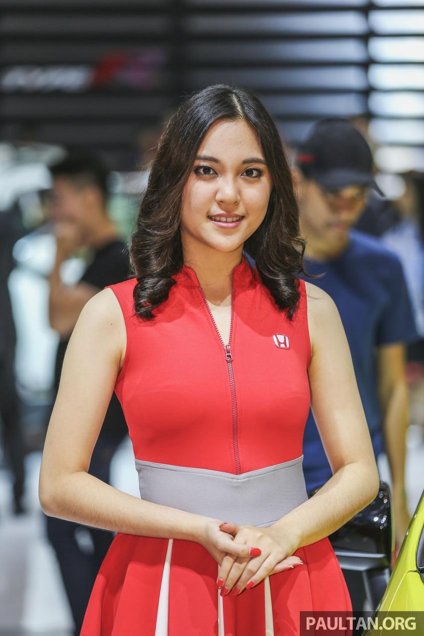GIIAS 2017: Jakarta's ceweks are sweeter than <em>es teler</em> Image #699789