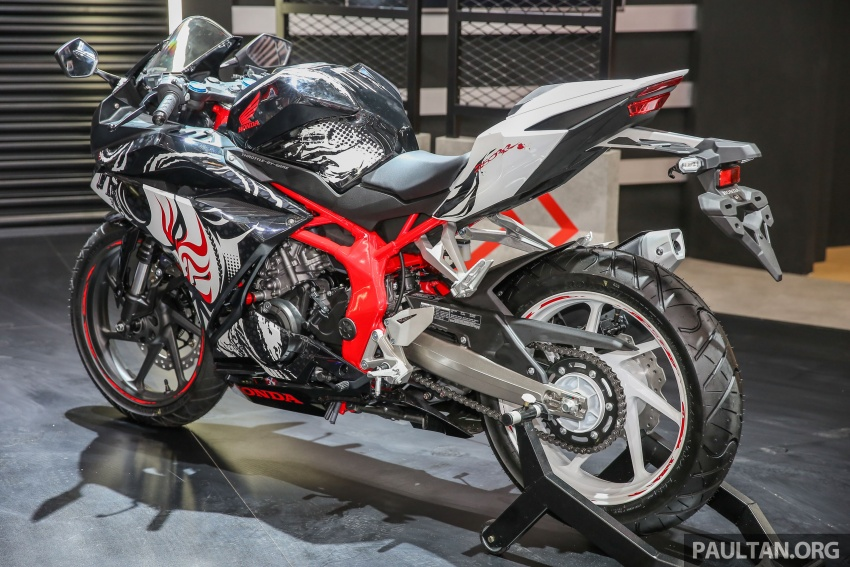 "GIIAS 2017:  2017 Honda CBR250RR Special Edition Indonesia- ""The Art of Kabuki"", from RM20,399 Image #697035"