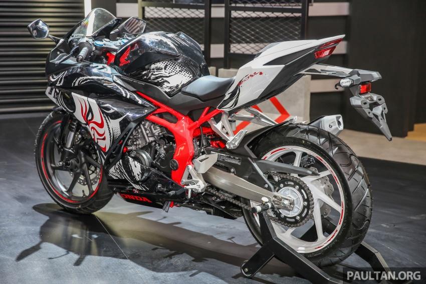 "GIIAS 2017:  2017 Honda CBR250RR Special Edition Indonesia- ""The Art of Kabuki"", from RM20,399 Image #697035"