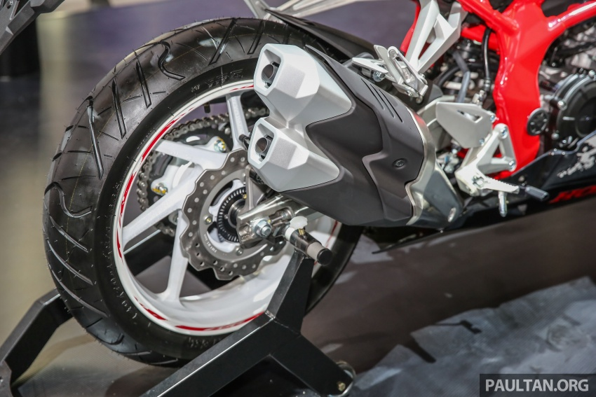 "GIIAS 2017:  2017 Honda CBR250RR Special Edition Indonesia- ""The Art of Kabuki"", from RM20,399 Image #697038"
