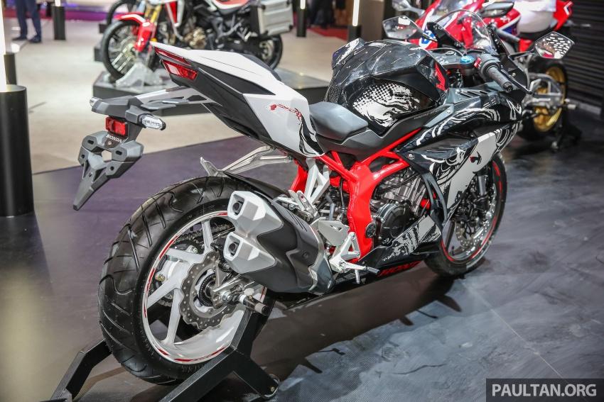 "GIIAS 2017:  2017 Honda CBR250RR Special Edition Indonesia- ""The Art of Kabuki"", from RM20,399 Image #697039"