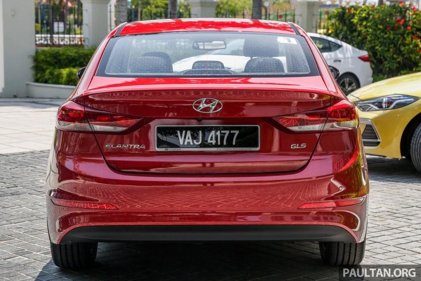 DRIVEN: 2017 Hyundai Elantra Sport 1.6 Turbo, 2.0 NA Image #702336
