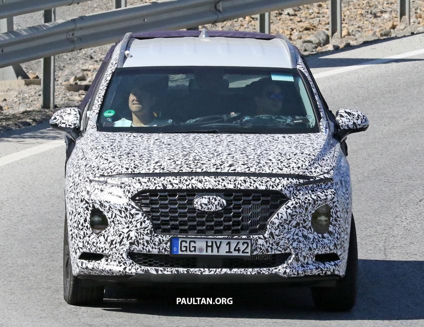 SPYSHOTS: Next-gen Hyundai Santa Fe seen testing Image #700332