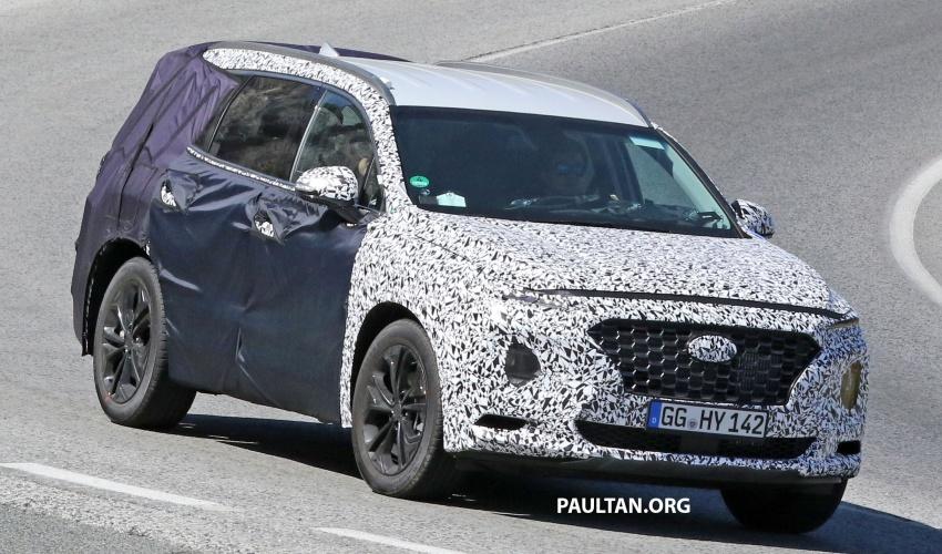 SPYSHOTS: Next-gen Hyundai Santa Fe seen testing Image #700336