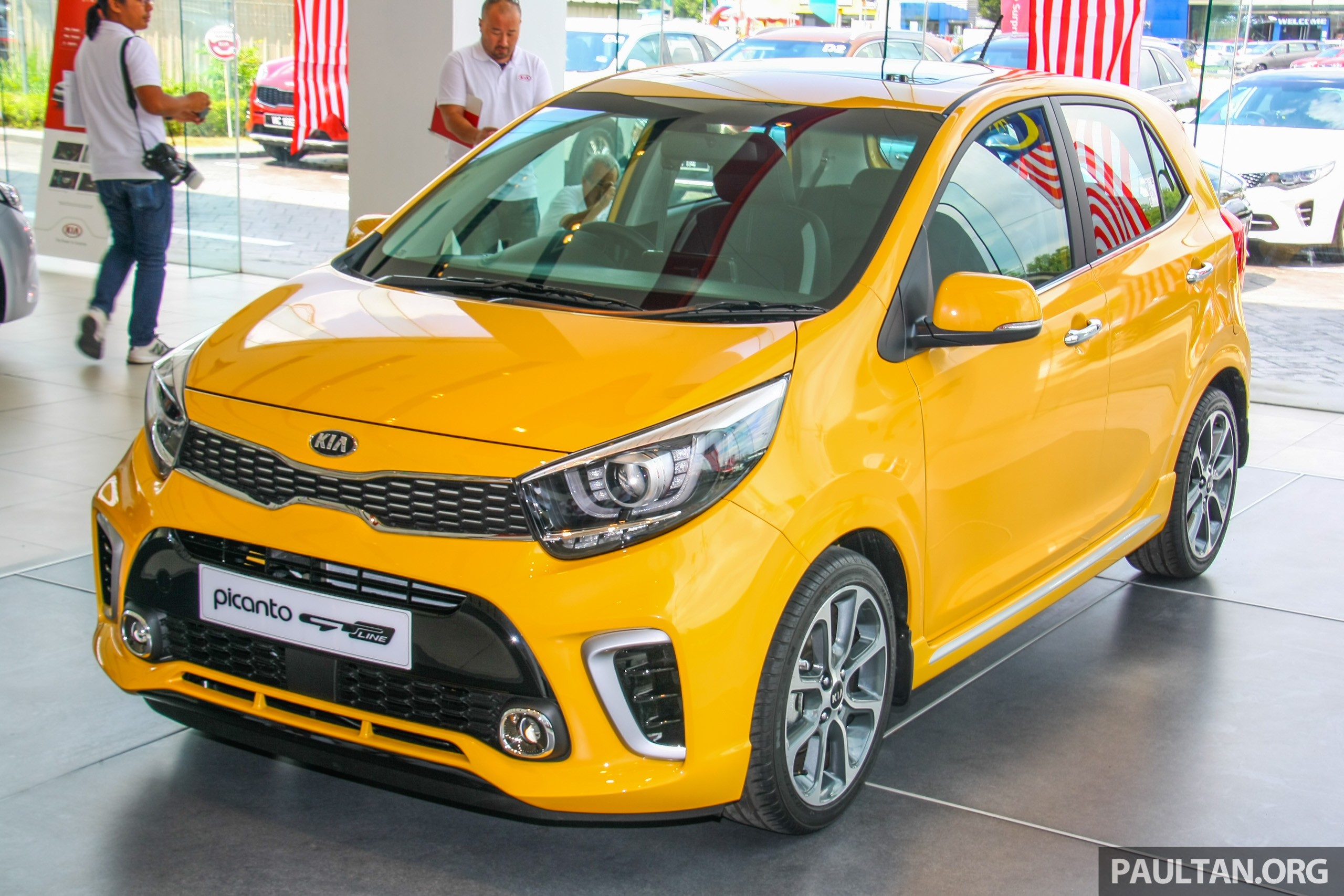 new kia picanto on display in malaysia 2018 launch image. Black Bedroom Furniture Sets. Home Design Ideas