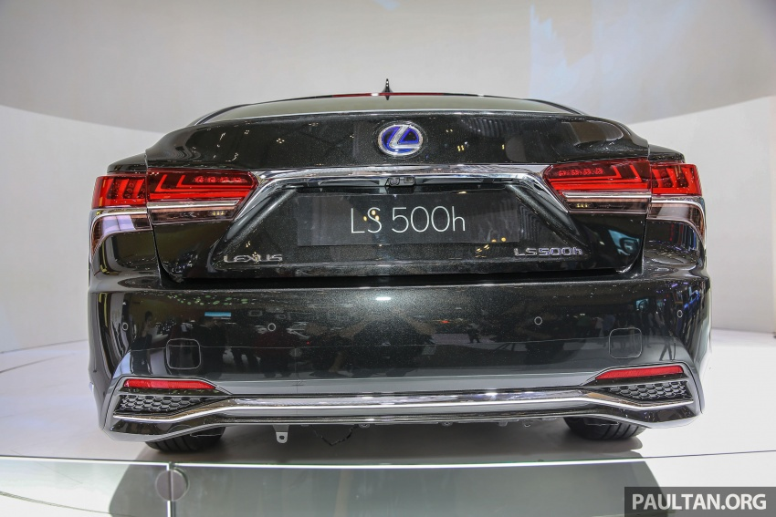 GIIAS 2017: Lexus LS 500h previewed in Indonesia Image #698194