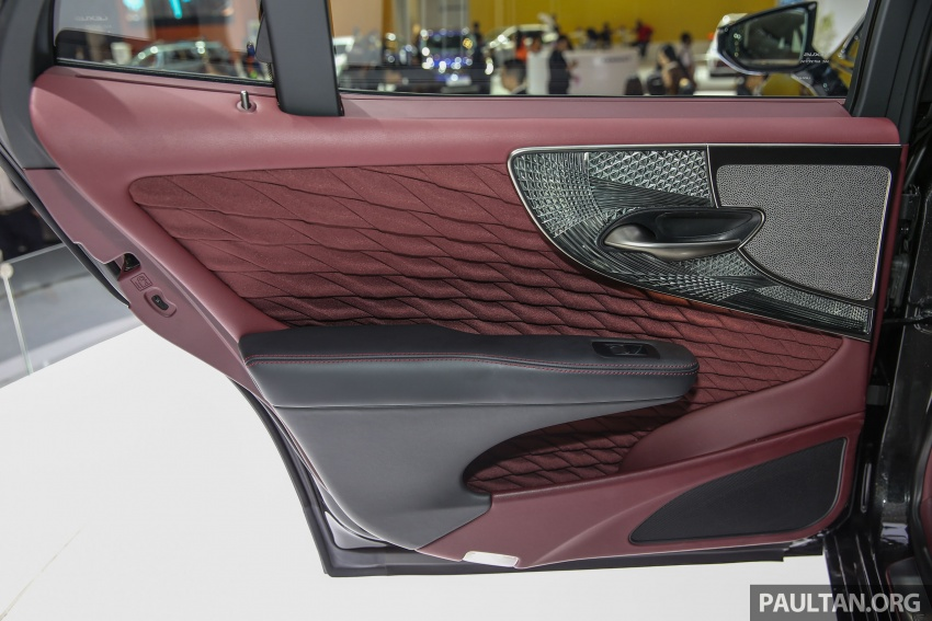 GIIAS 2017: Lexus LS 500h previewed in Indonesia Image #698251