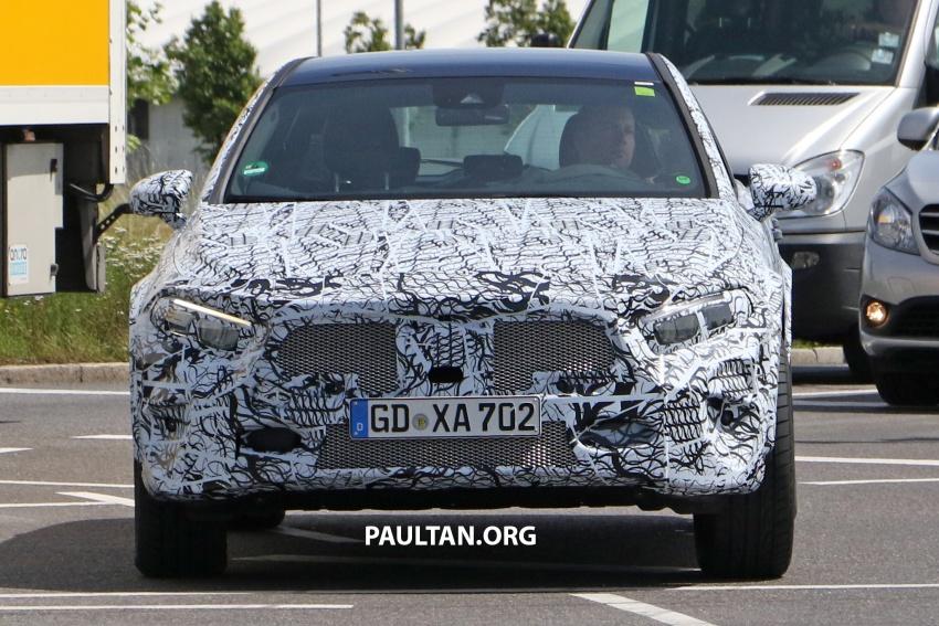 SPIED: 2019 Mercedes-Benz GLA wears A-Class body Image #692135