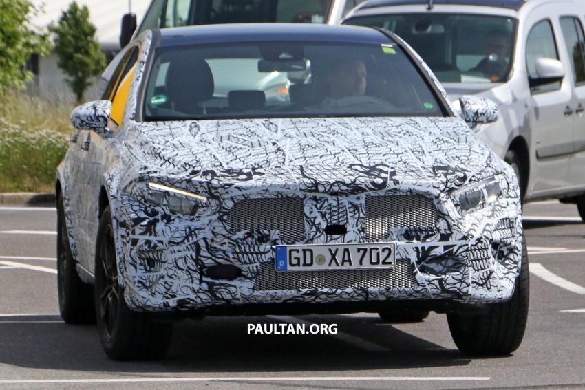 SPIED: 2019 Mercedes-Benz GLA wears A-Class body Image #692136