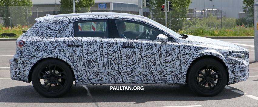 SPIED: 2019 Mercedes-Benz GLA wears A-Class body Image #692141
