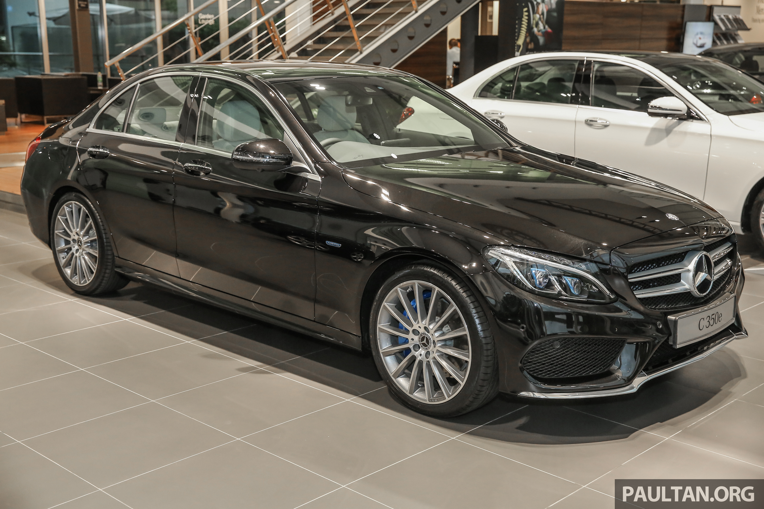 Gallery mercedes benz c350e with full amg line paul tan for Mercedes benz c350e