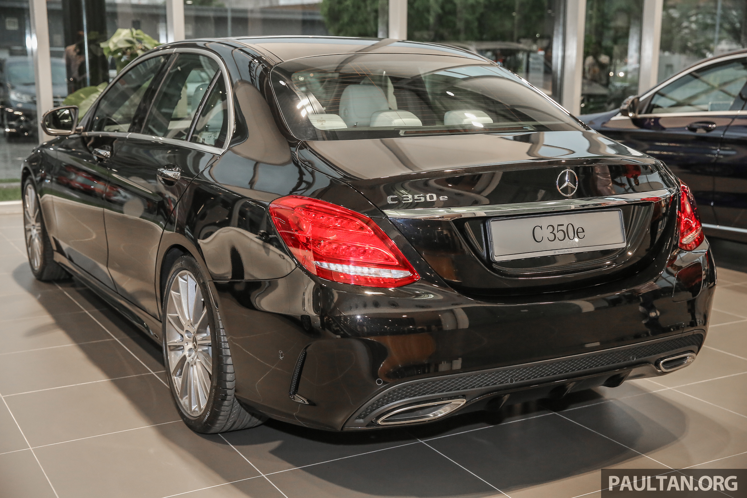 Mercedes C180 2017 >> GALLERY: Mercedes-Benz C350e with full AMG Line Image 701023