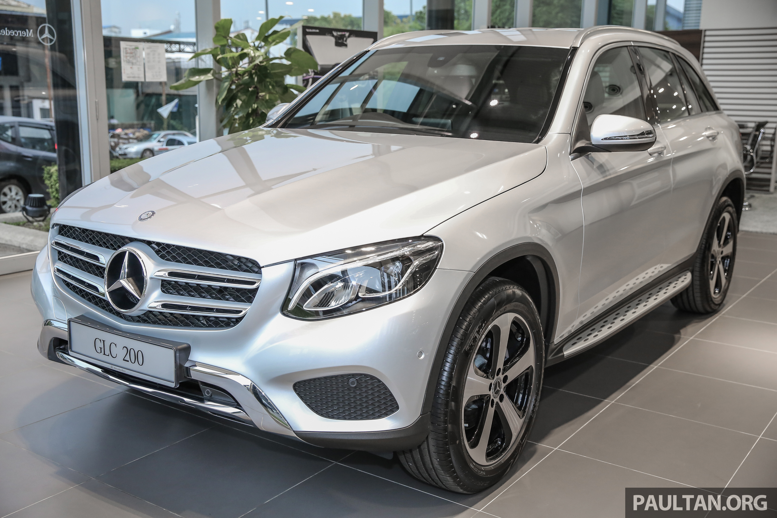 Mercedes benz glc200 end august launch rm289k paul tan for Mercedes benz malaysia