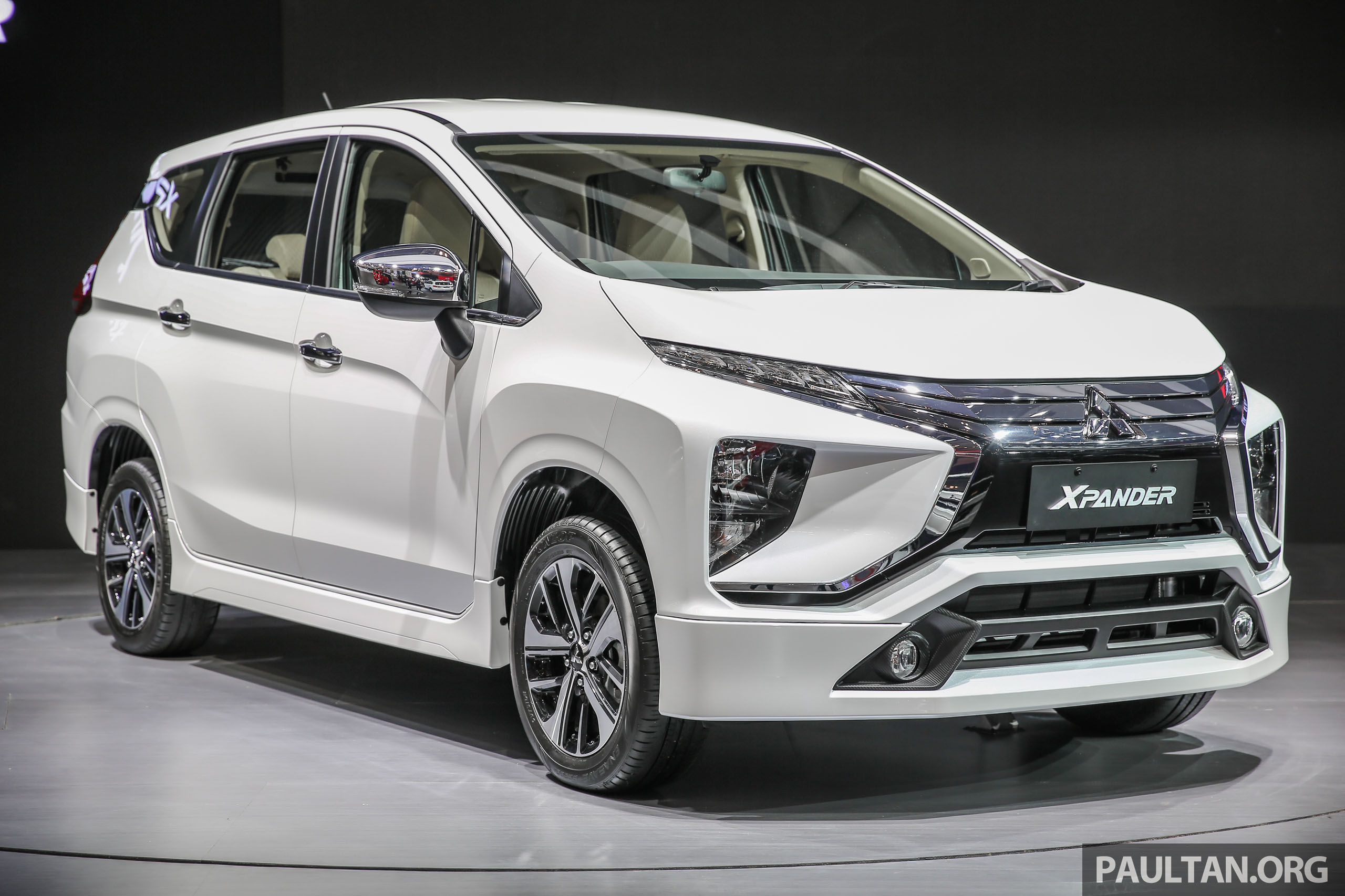 mitsubishi xpander glx 2018 with Mitsubishi Xpander Bodykit 1 on Mitsubishi Expander Interior also Price List as well New Mitsubishi Xpander Mpv Maruti Ertiga 12278804 as well Daftar Harga further Mitsubishi Unveils All New 2016 Montero.