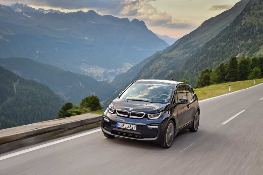 BMW i3 facelift unveiled with sportier 184 hp i3s model Image #704687