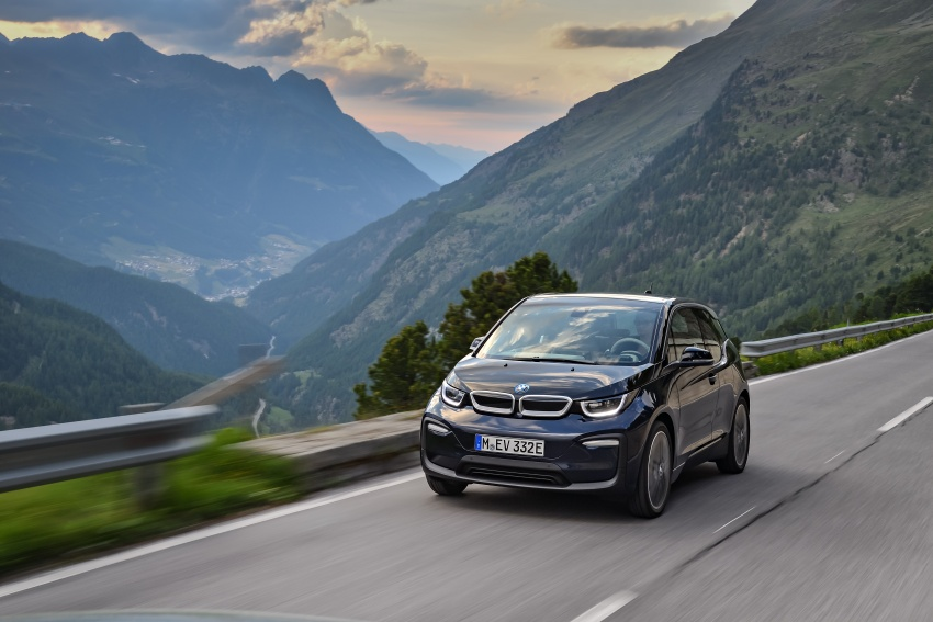 BMW i3 facelift unveiled with sportier 184 hp i3s model Image #704688