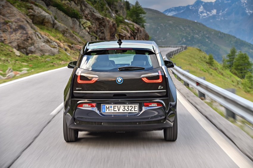 BMW i3 facelift unveiled with sportier 184 hp i3s model Image #704691