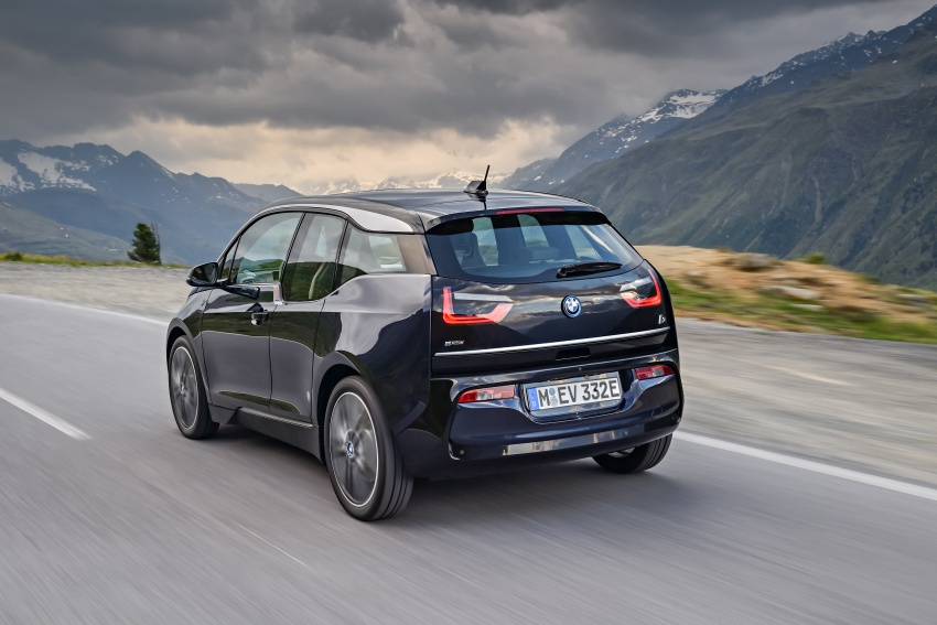 BMW i3 facelift unveiled with sportier 184 hp i3s model Image #704692