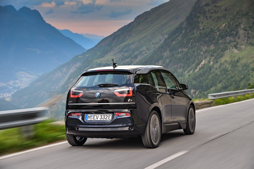 BMW i3 facelift unveiled with sportier 184 hp i3s model Image #704694
