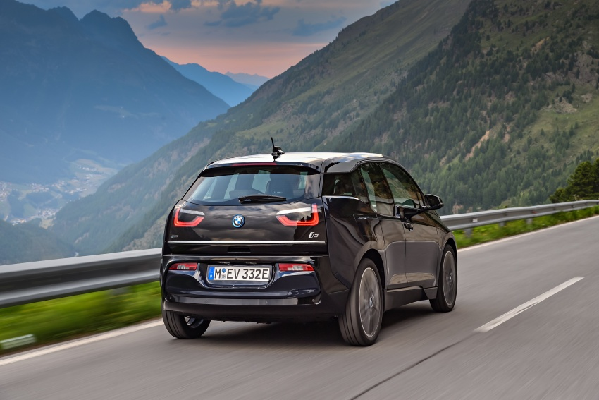 BMW i3 facelift unveiled with sportier 184 hp i3s model Image #704695