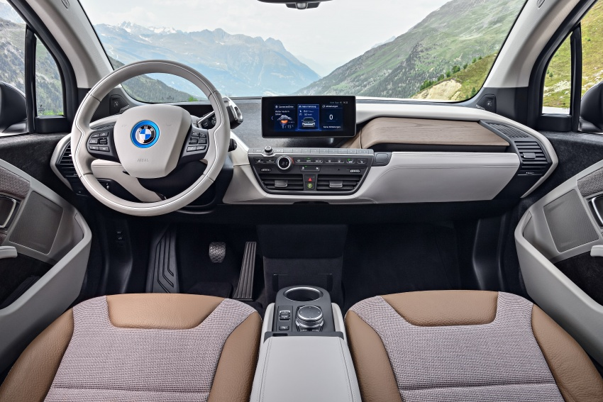 BMW i3 facelift unveiled with sportier 184 hp i3s model Image #704699
