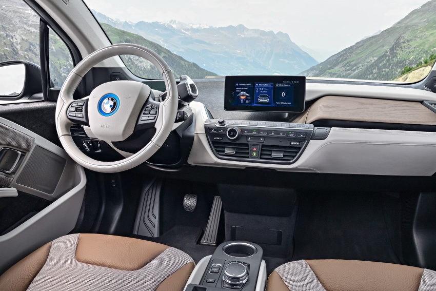 BMW i3 facelift unveiled with sportier 184 hp i3s model Image #704700