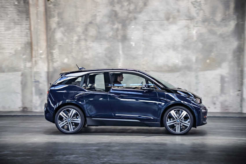 BMW i3 facelift unveiled with sportier 184 hp i3s model Image #704710