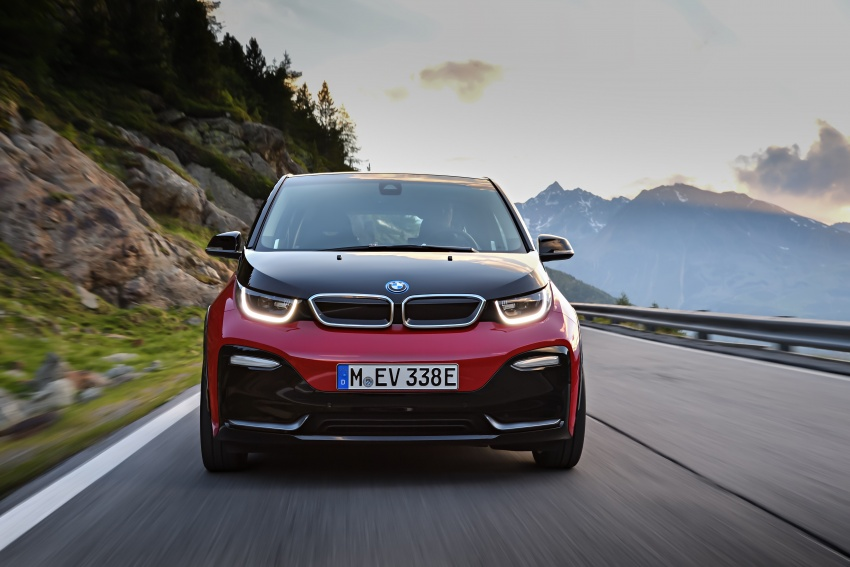BMW i3 facelift unveiled with sportier 184 hp i3s model Image #704744