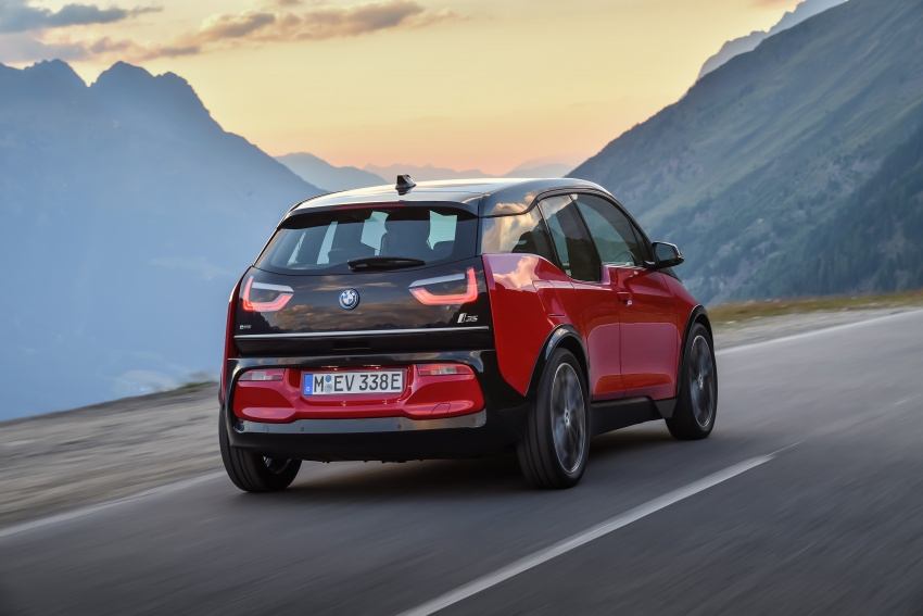 BMW i3 facelift unveiled with sportier 184 hp i3s model Image #704745