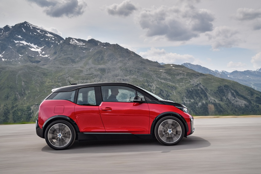 BMW i3 facelift unveiled with sportier 184 hp i3s model Image #704755