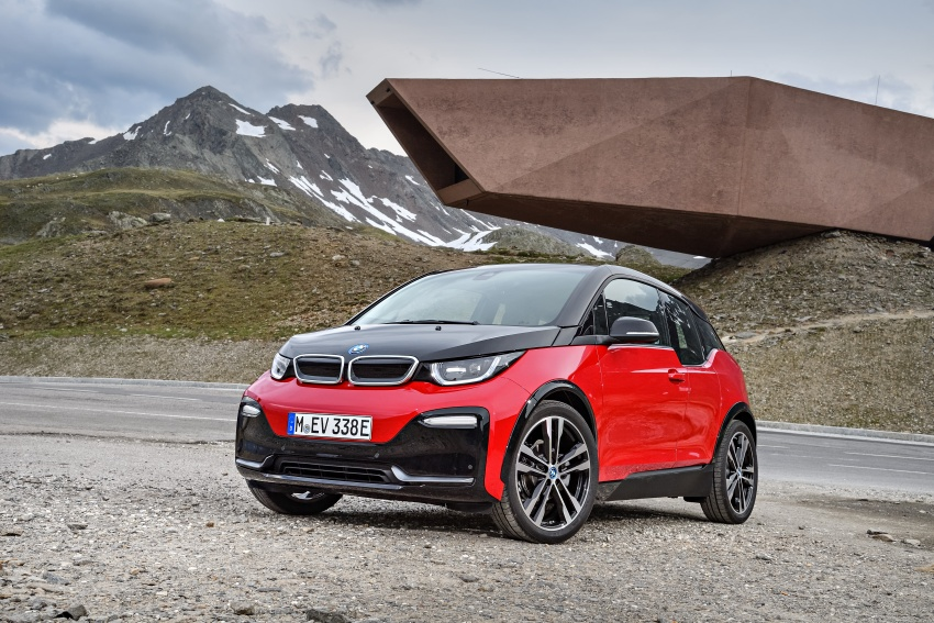 BMW i3 facelift unveiled with sportier 184 hp i3s model Image #704756