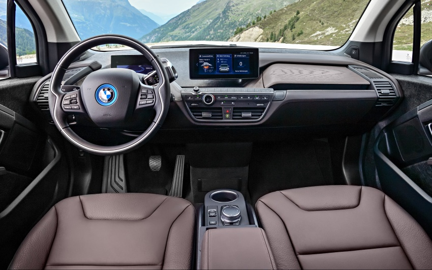 BMW i3 facelift unveiled with sportier 184 hp i3s model Image #704761