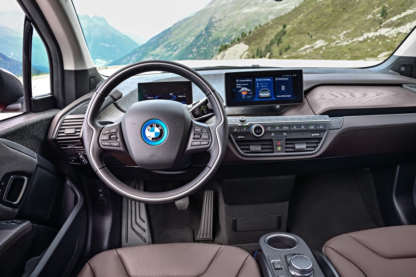 BMW i3 facelift unveiled with sportier 184 hp i3s model Image #704762