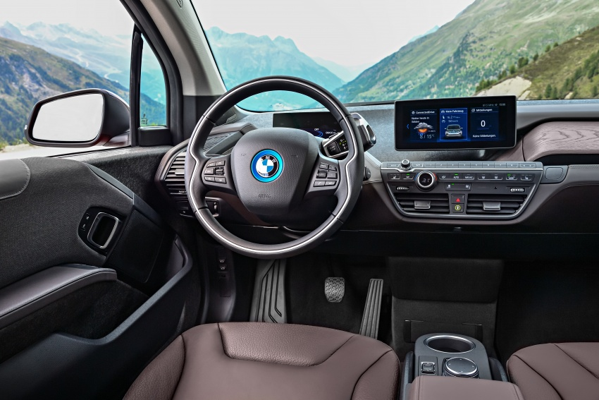 BMW i3 facelift unveiled with sportier 184 hp i3s model Image #704763