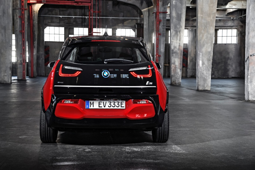 BMW i3 facelift unveiled with sportier 184 hp i3s model Image #704773