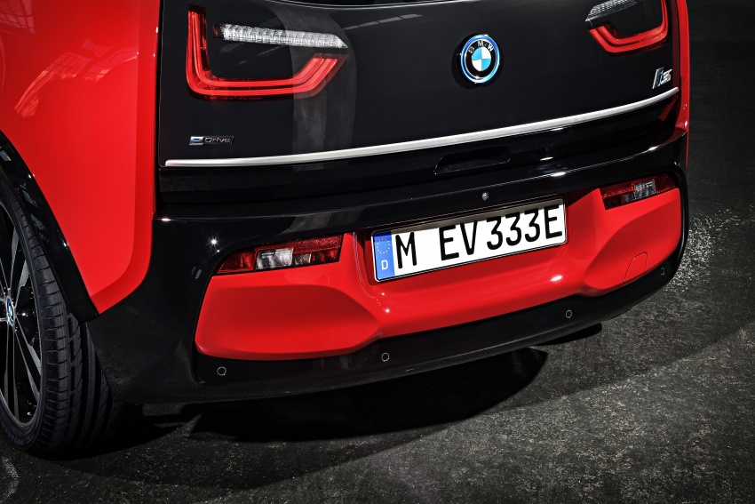 BMW i3 facelift unveiled with sportier 184 hp i3s model Image #704785