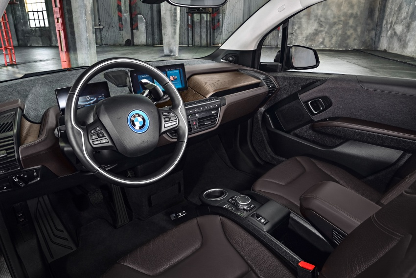 BMW i3 facelift unveiled with sportier 184 hp i3s model Image #704786