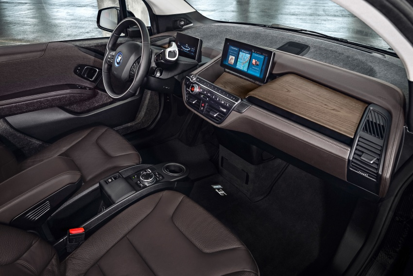 BMW i3 facelift unveiled with sportier 184 hp i3s model Image #704787