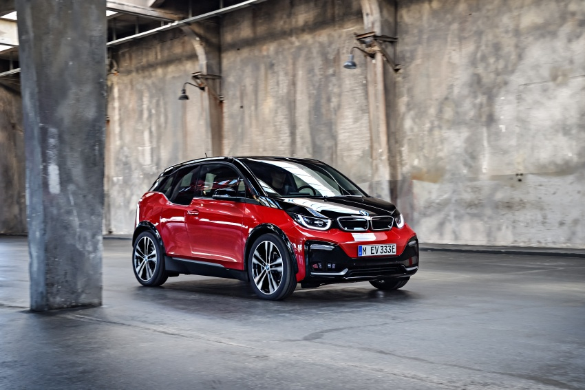 BMW i3 facelift unveiled with sportier 184 hp i3s model Image #704790