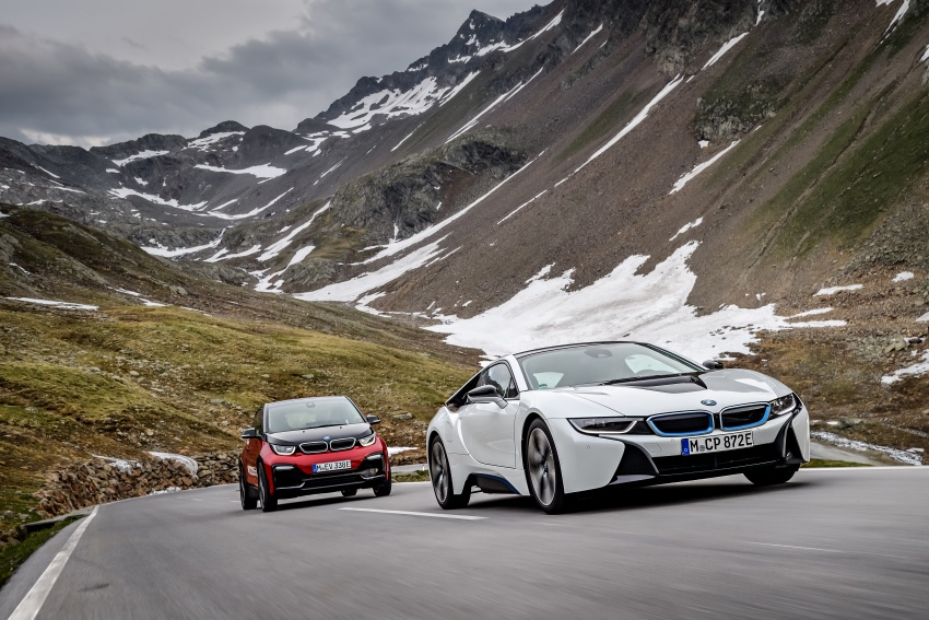 BMW i3 facelift unveiled with sportier 184 hp i3s model Image #704825