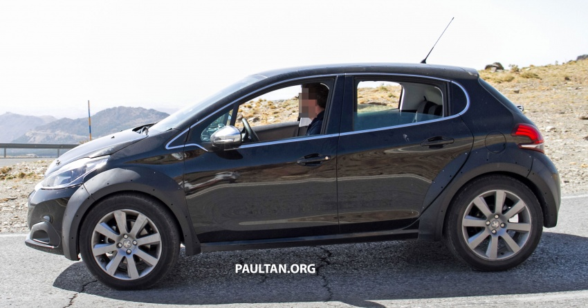SPYSHOTS: Peugeot 1008 compact crossover on test? Image #704596